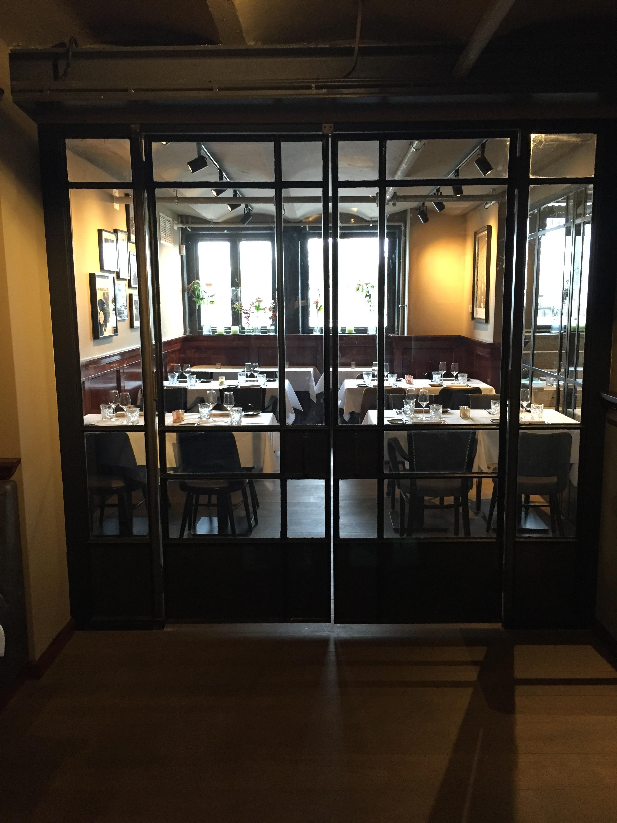 Staal verwerkt in interieur hotel new york zador for Interieur new york